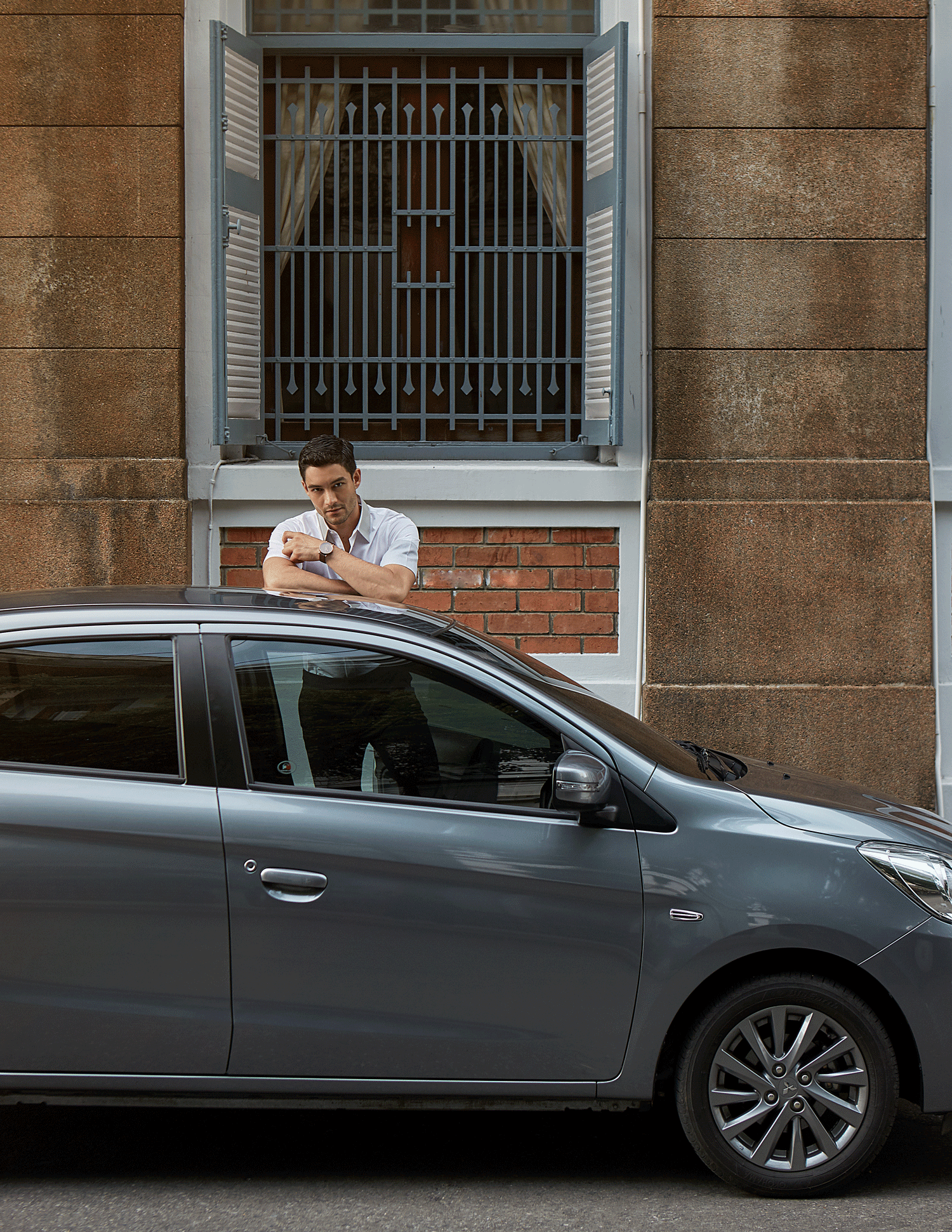 car : Mitsubishi NEW Attrage  shirt : Jil Sander / watch : FORREST
