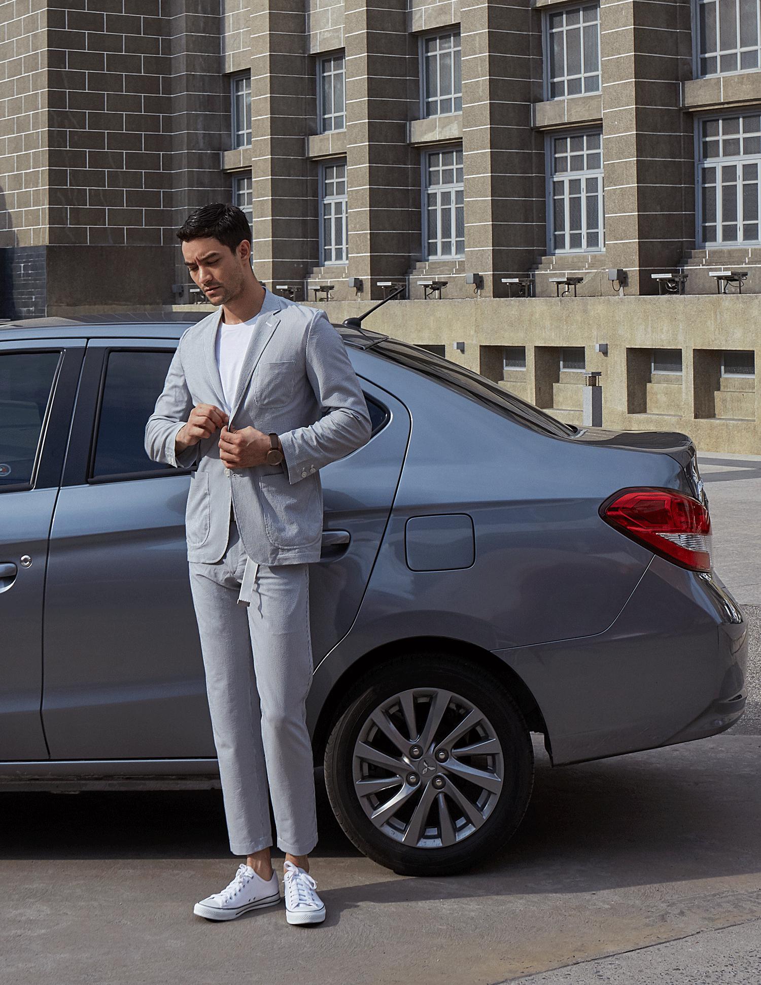 car : Mitsubishi NEW Attrage  clothes : MUJI