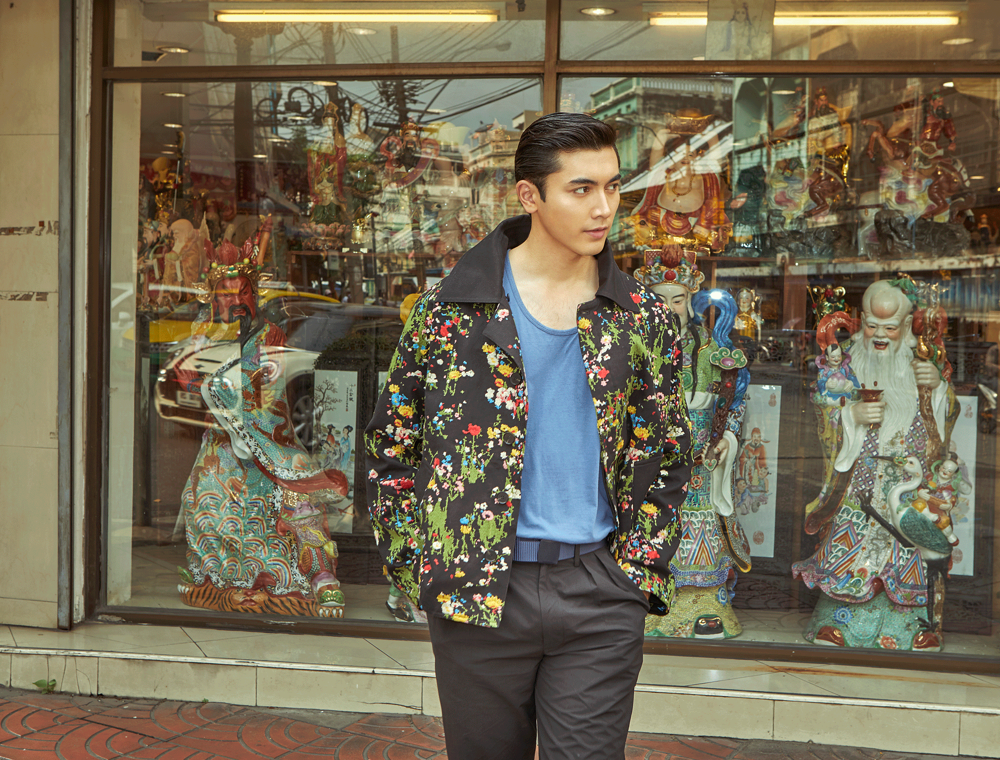 jacket : Everyday Karmakamet pants : PAINKILLER