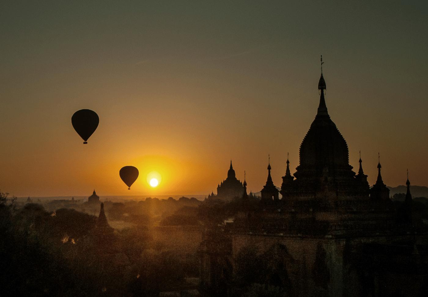 Hot Air Balloons in Bagan  Photo Cr : Belmond Road to Mandalay