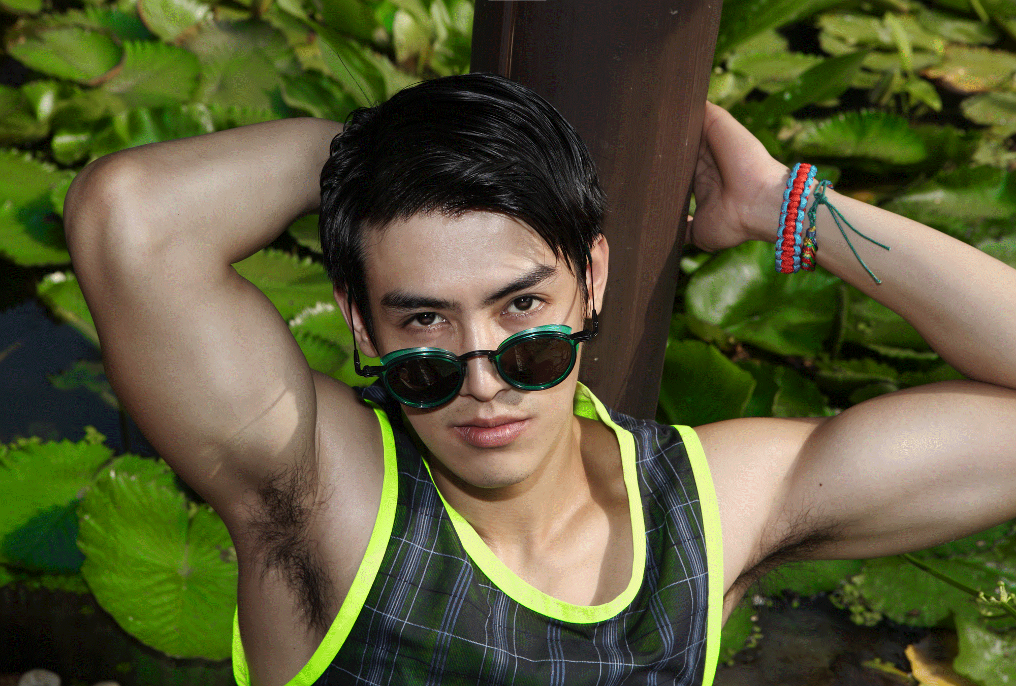 clothes : Leisure Projects / sunglasses : TAVAT