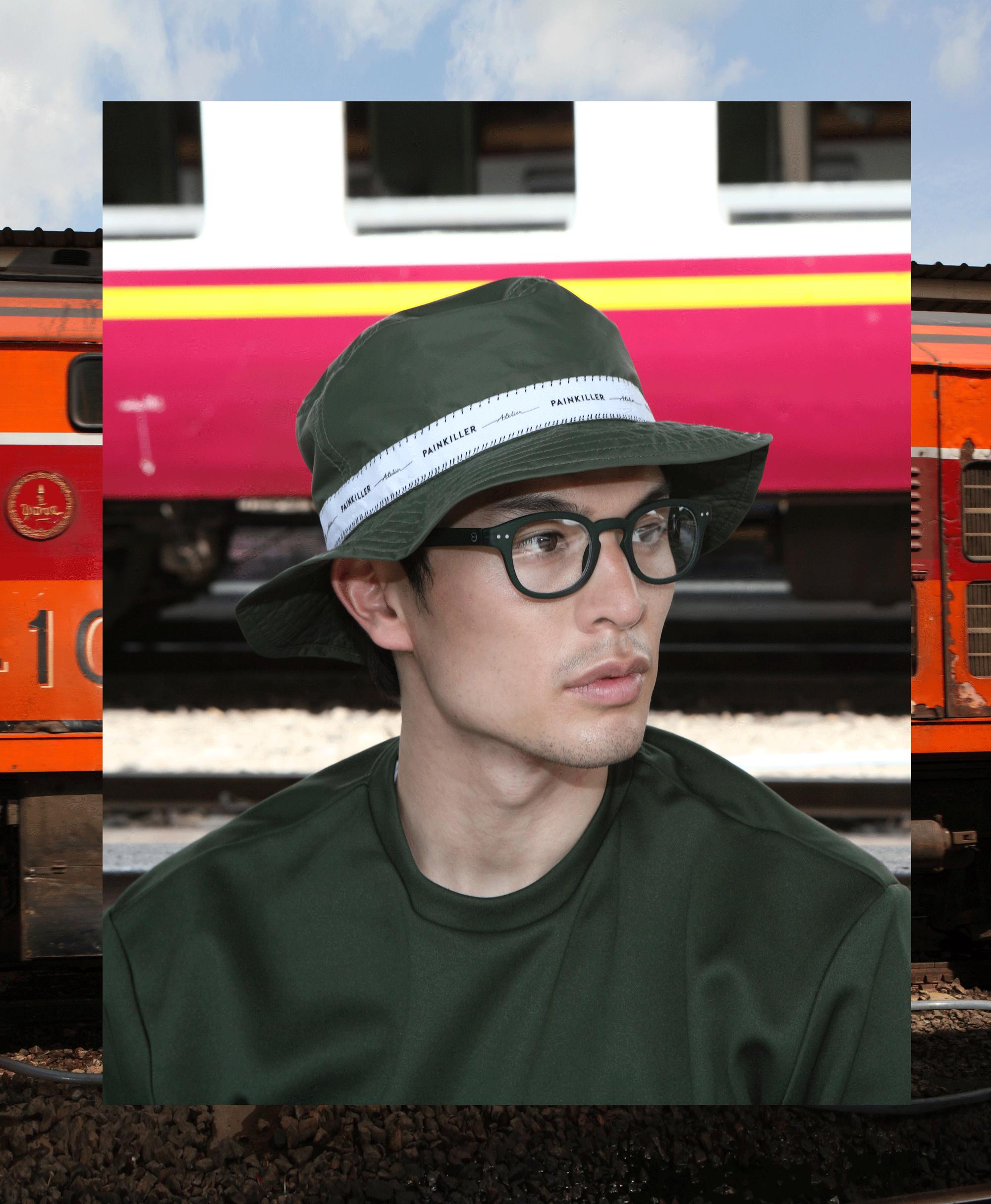 clothes & hat : PAINKILLER / eyeglasses : IZIPIZI