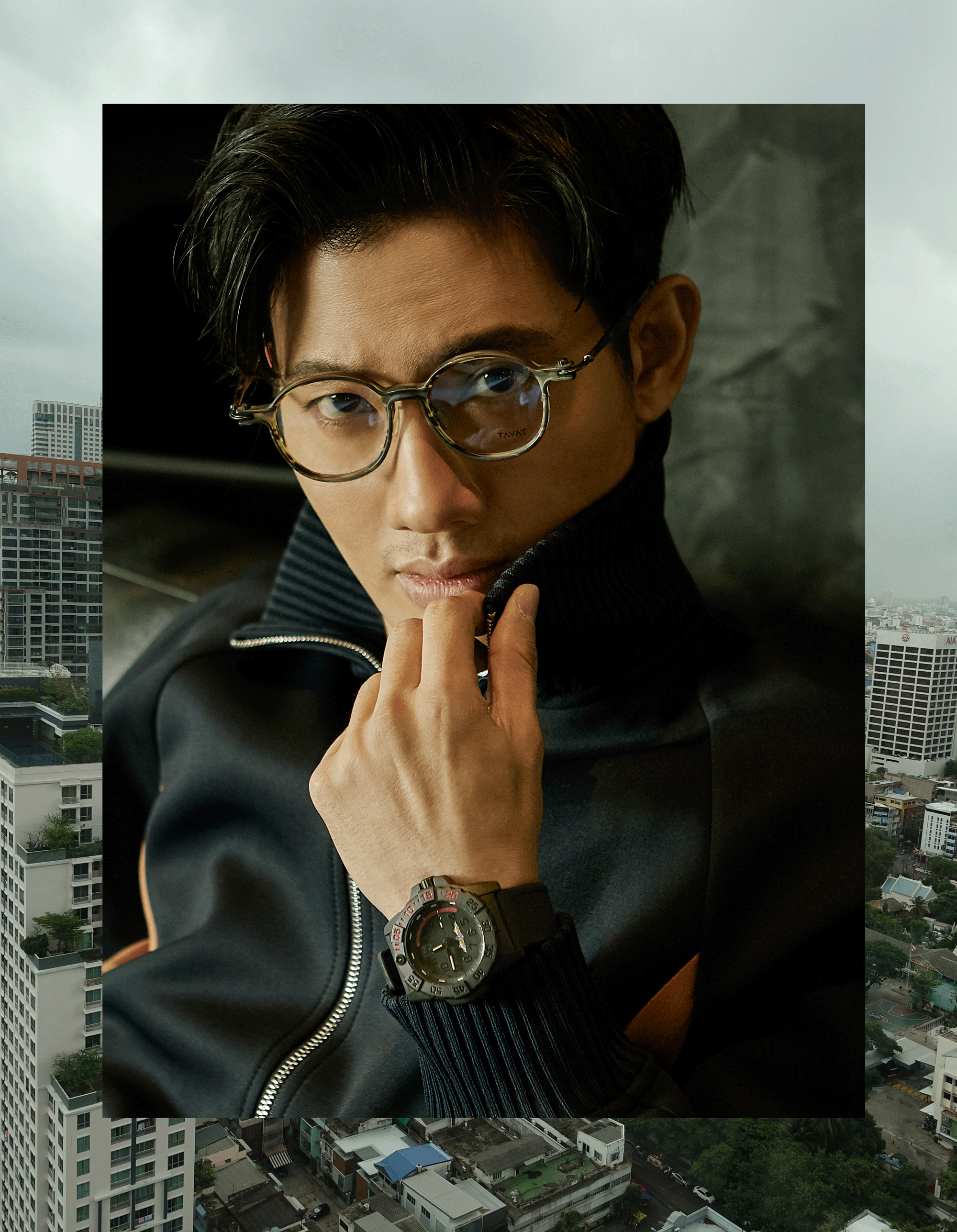 clothes : 3.1 Phillip Lim / eyeglasses : TAVAT  watch : LUMINOX Thai Navy SEAL LIMITED EDITION 999 pcs.