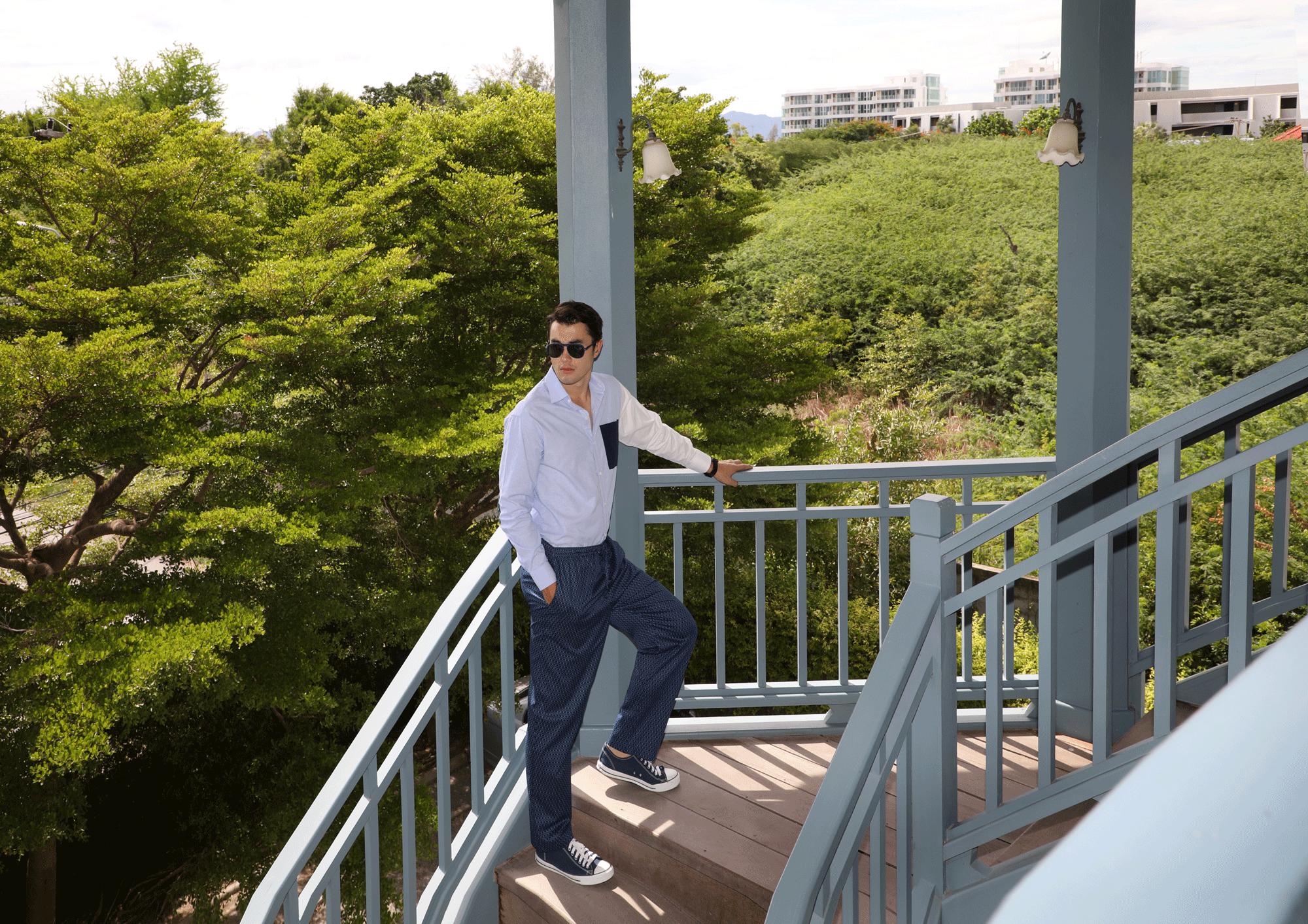 shirt : Leisure Projects / pyjama pants : JOCKEY / sunglasses : IZIPIZI