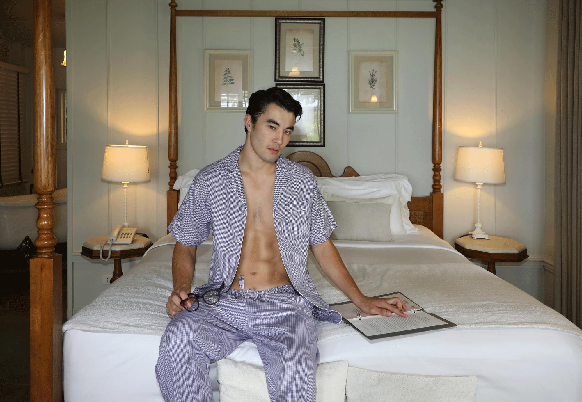 pyjama : JOCKEY / eyeglasses : IZIPIZI