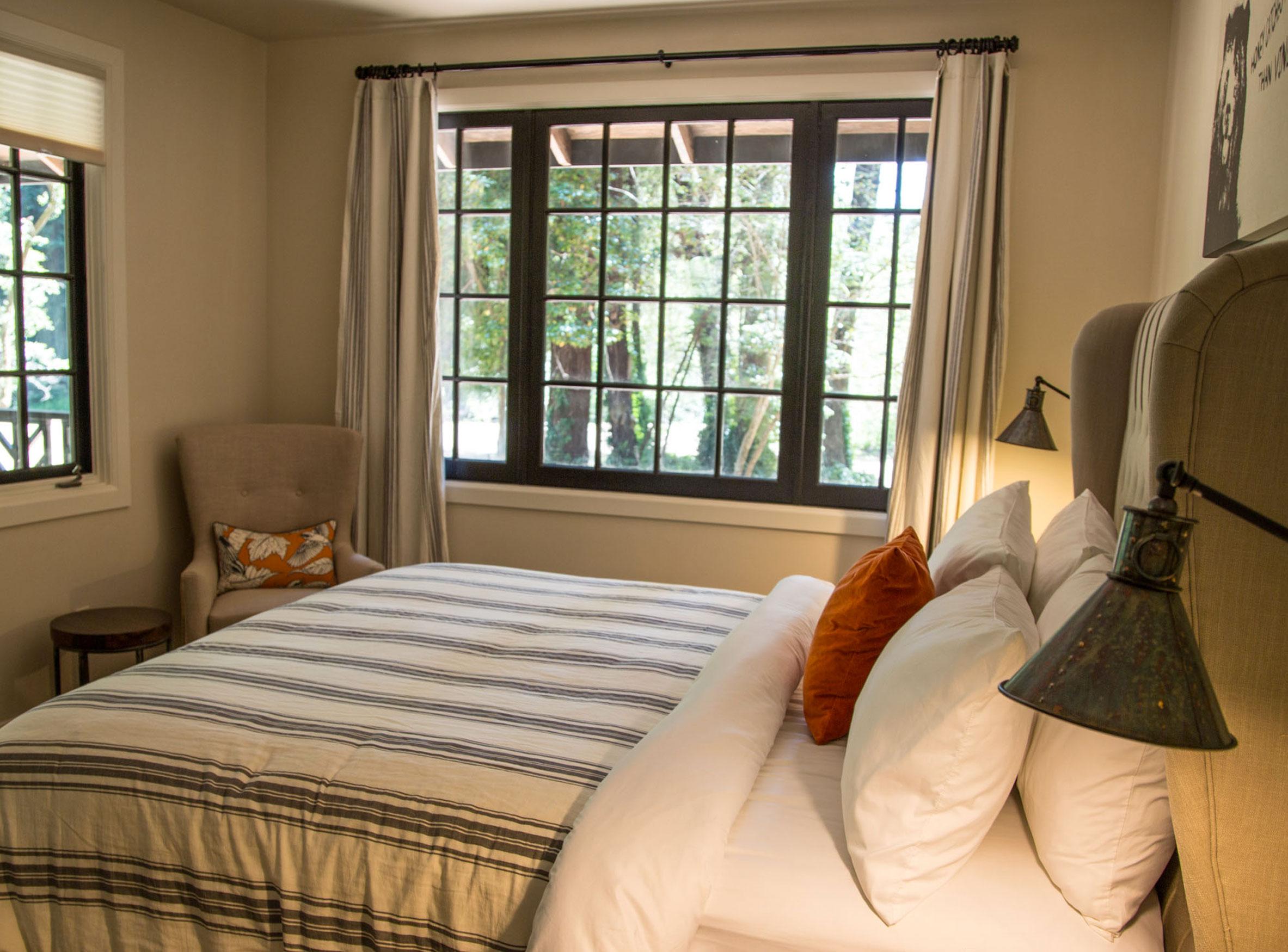bedroom-(1-of-1)-2.jpg
