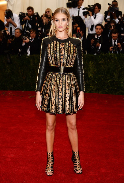 RosieHuntingtonWhiteley_MetGala.jpg