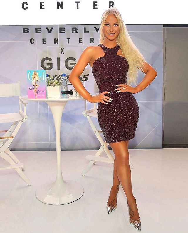"flawless Gigi 💗 @gigigorgeous at her ""He Said She Said"" book signing last night in LA #catwrightstyle"