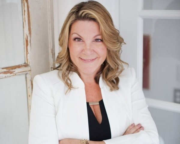 Gina Daschbach, Founder and Chief Creative Officer at   Perooz The Magaine Creator