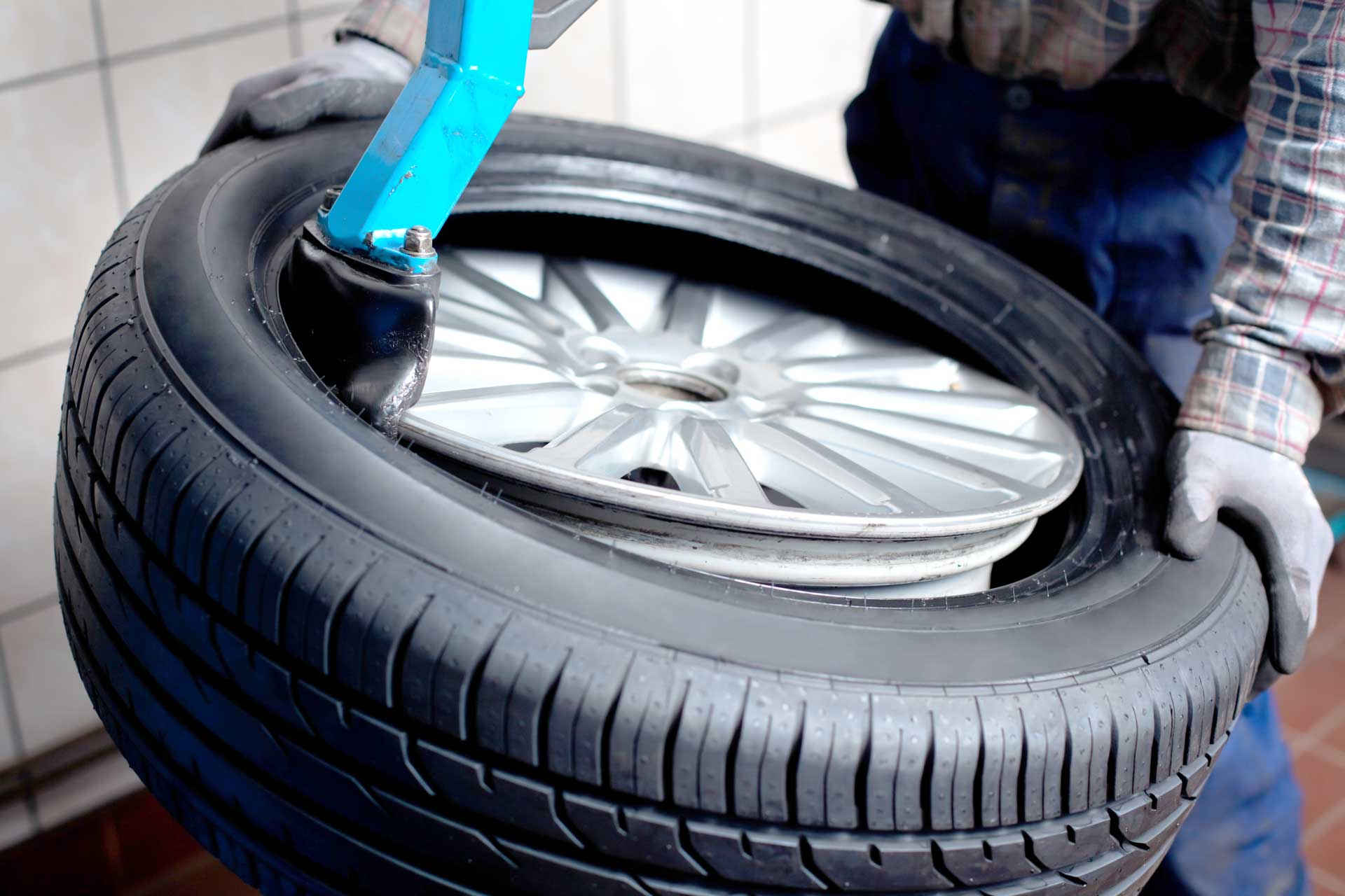 Tire and Wheel Installation