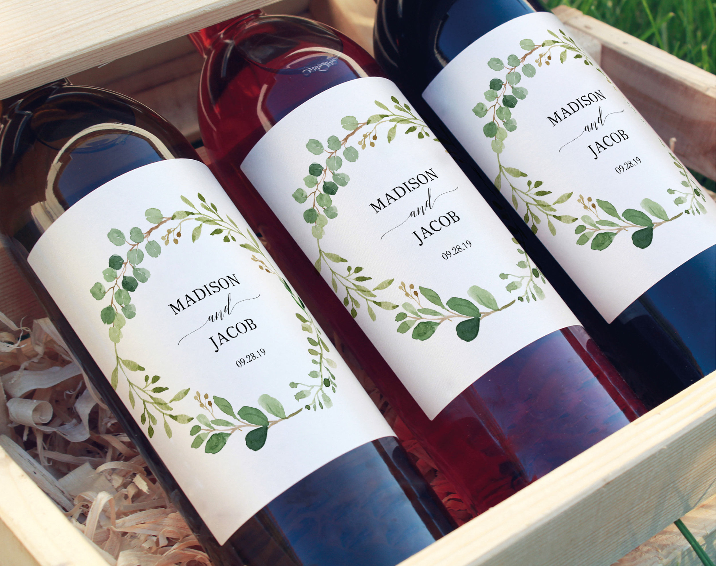 greenery-wine-bottle-label-wedding-ideas