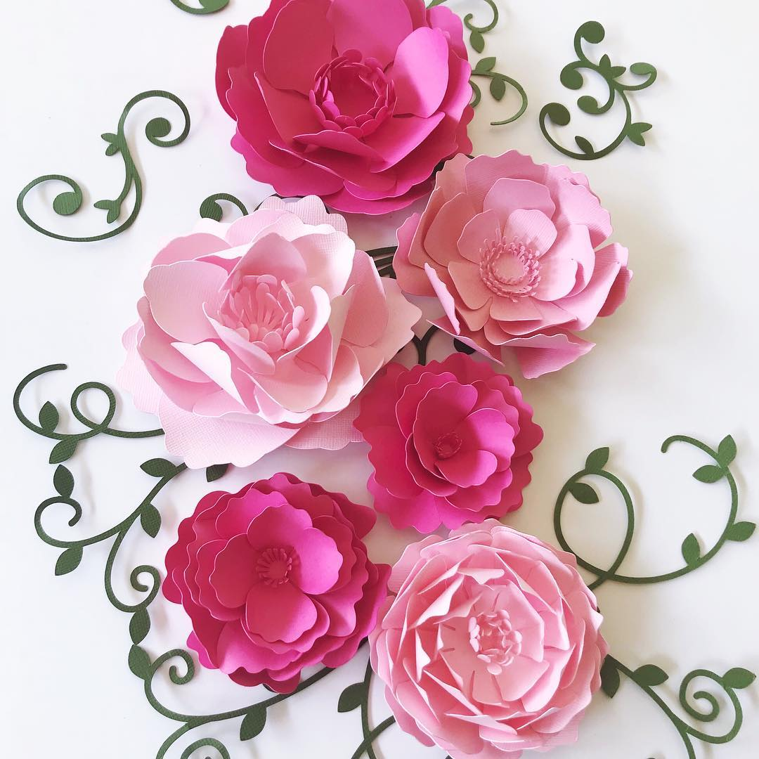 Paper flowers by  Paper Flora