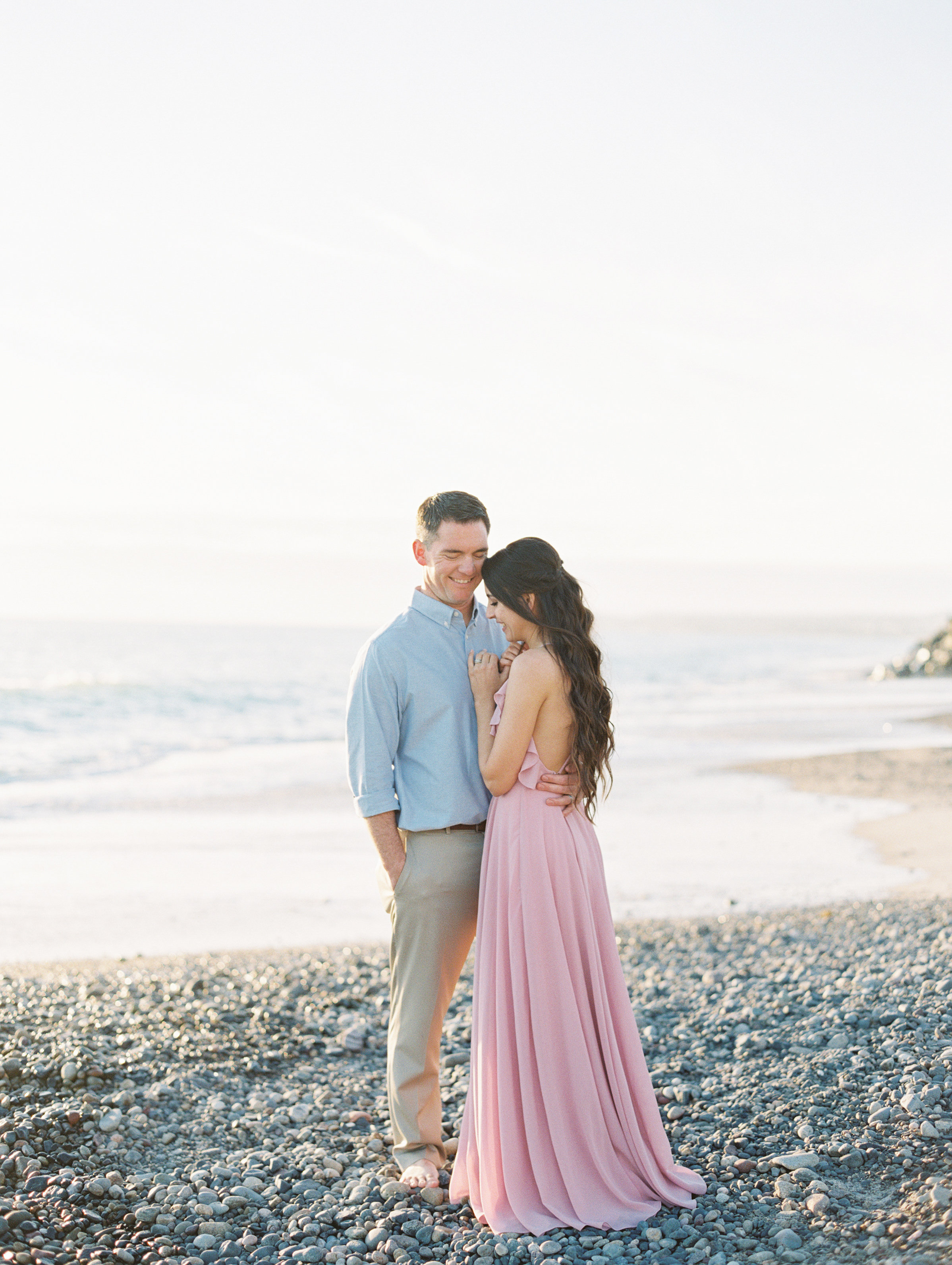 marriage and family photo session. Sweet engagement shoot style as well on the Love Sparkle Pretty blog