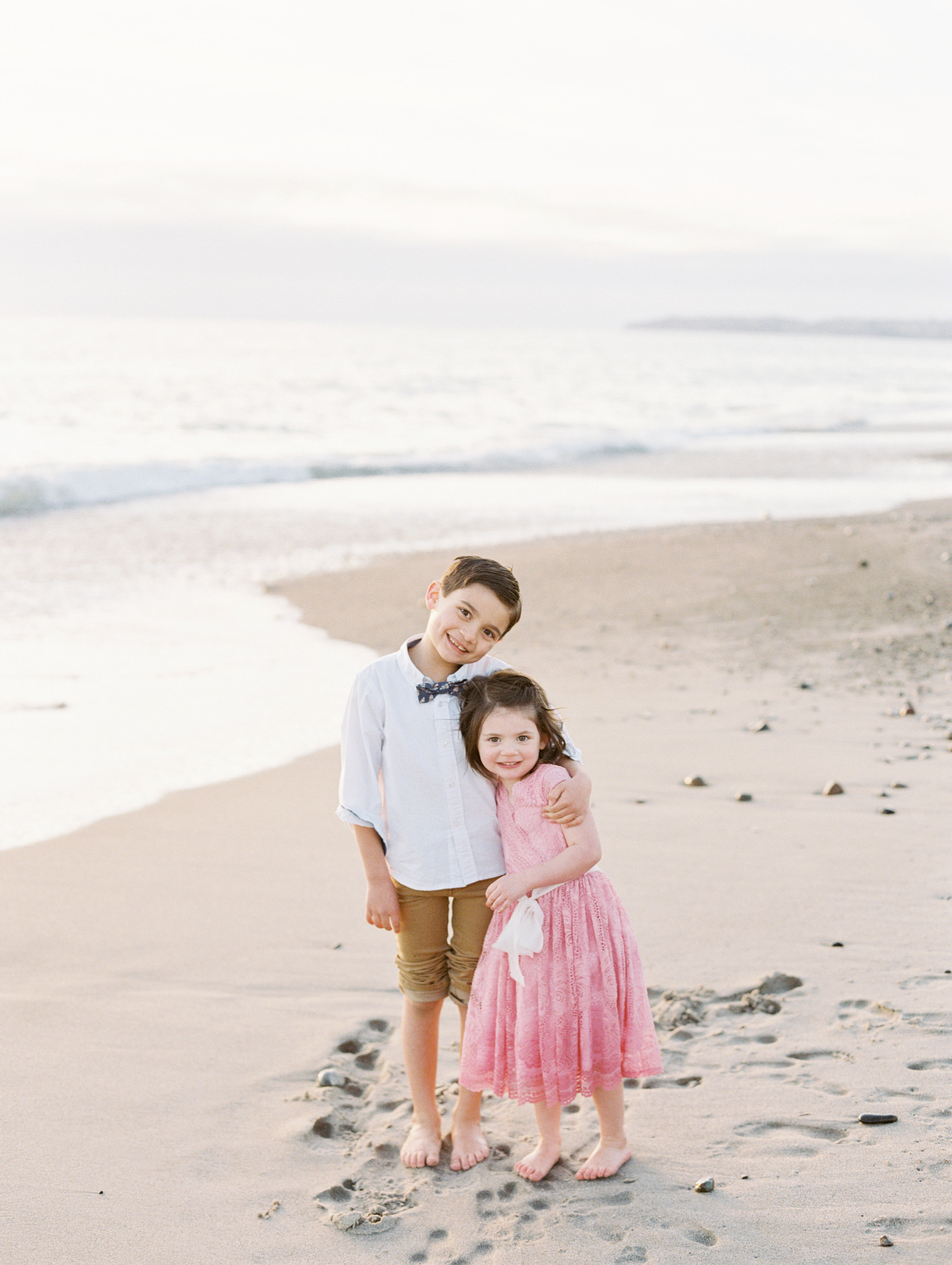 family photo session on the beach Love Sparkle Pretty blog. Photo by Mallory Dawn