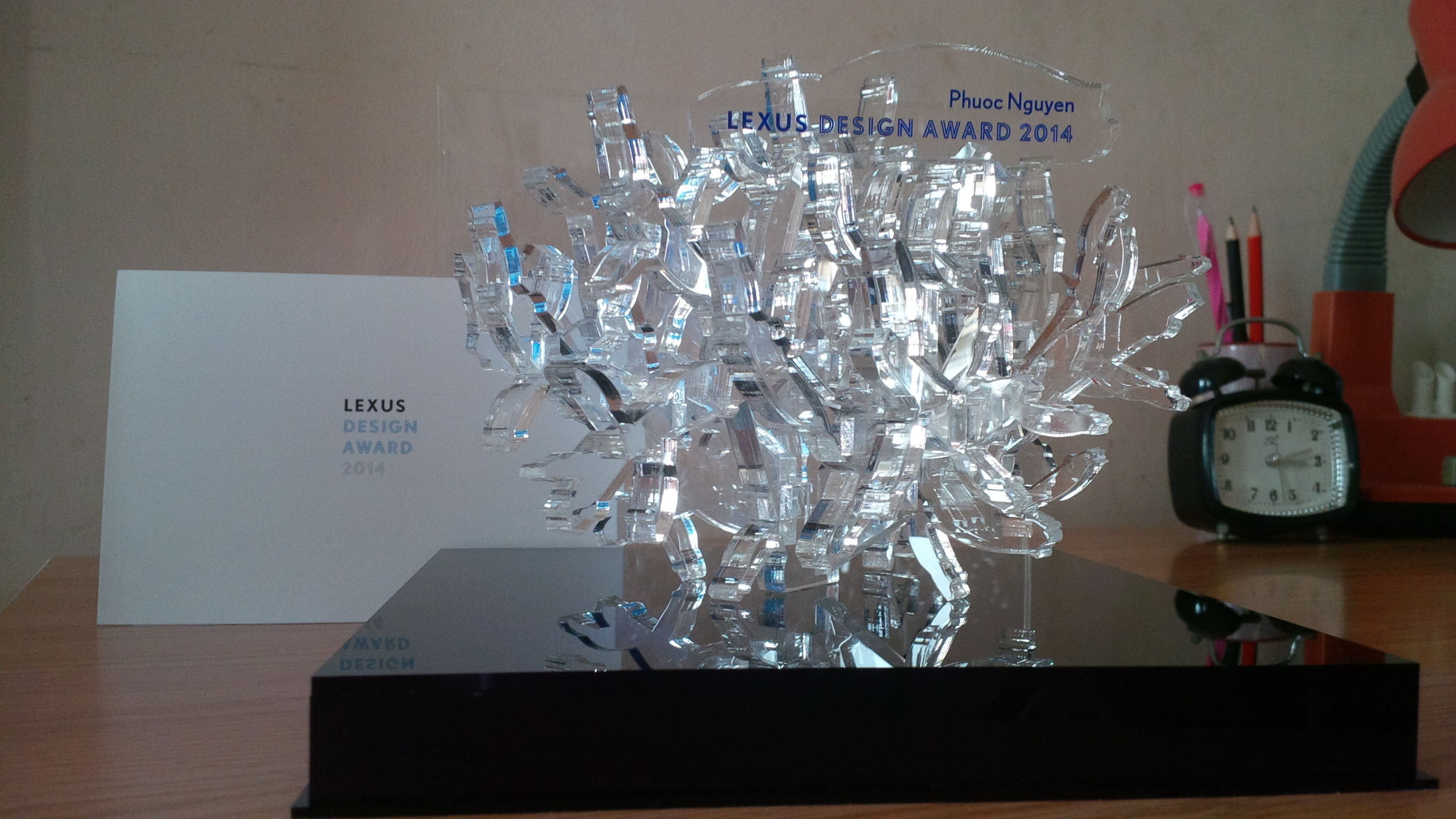 The trophy of Lexus Design Award 2014 (designed by Akihisa Hirata)
