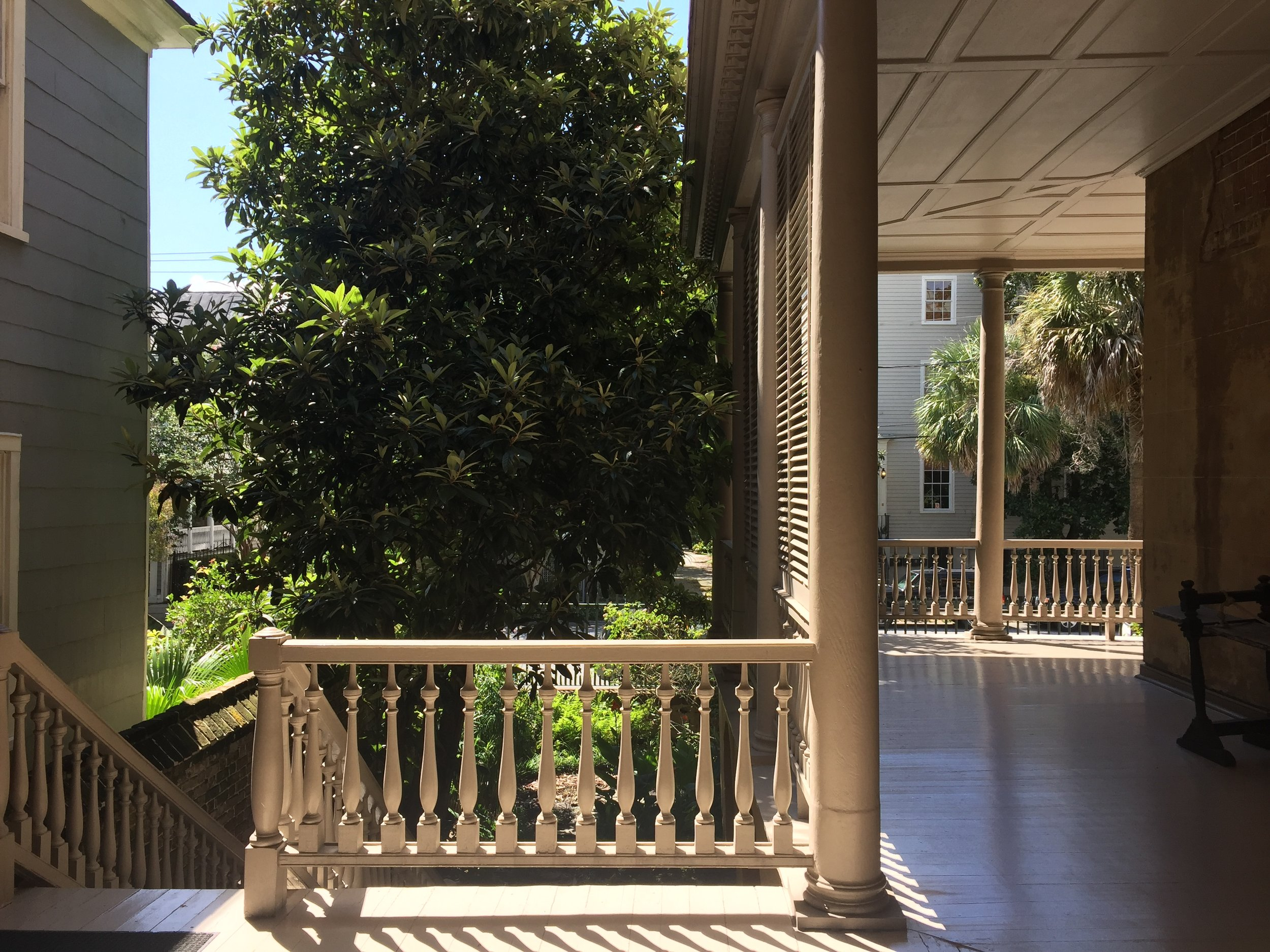 Buildings in the south have two and three story porches, known as piazzas, that are strategically designed to take full advantage of the local winds. The porches also come in handy as a covering when the afternoon rain showers begin.