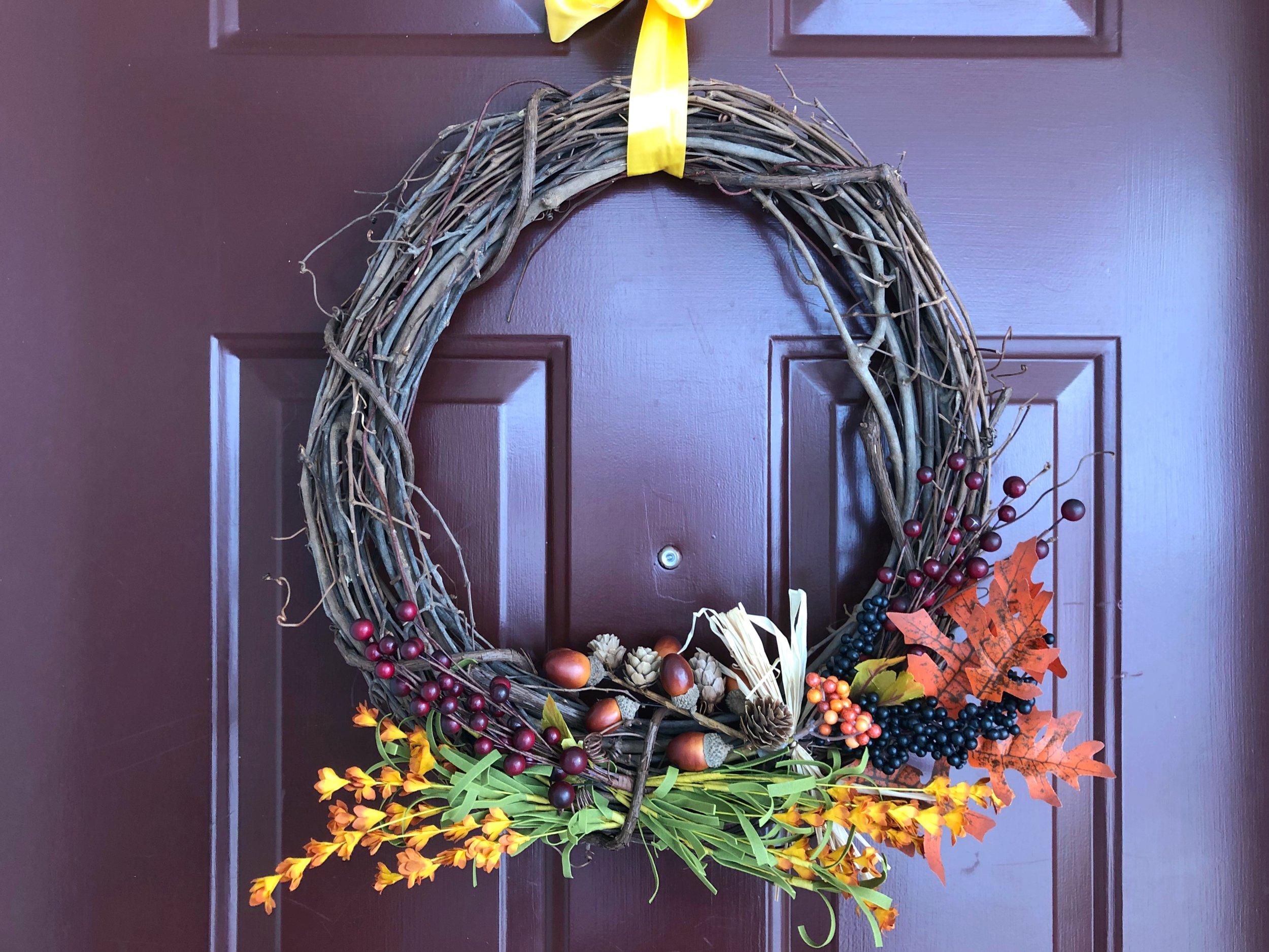 HarvestFallWreath.JPG