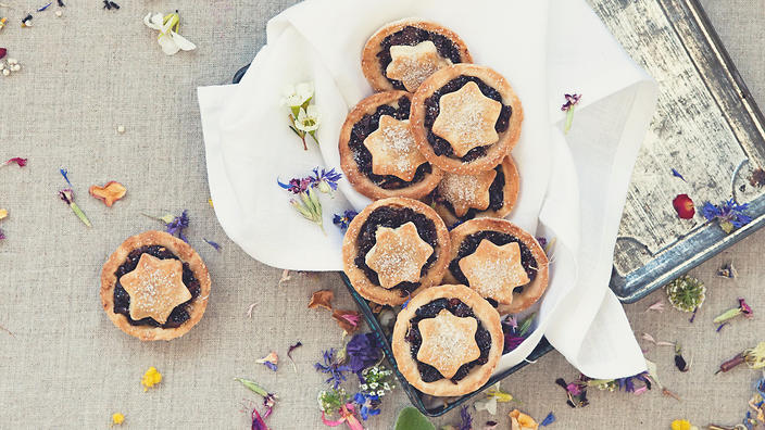 Made with plenty of native ingredients, these Christmas mince pies are a welcome surprise on the European classic