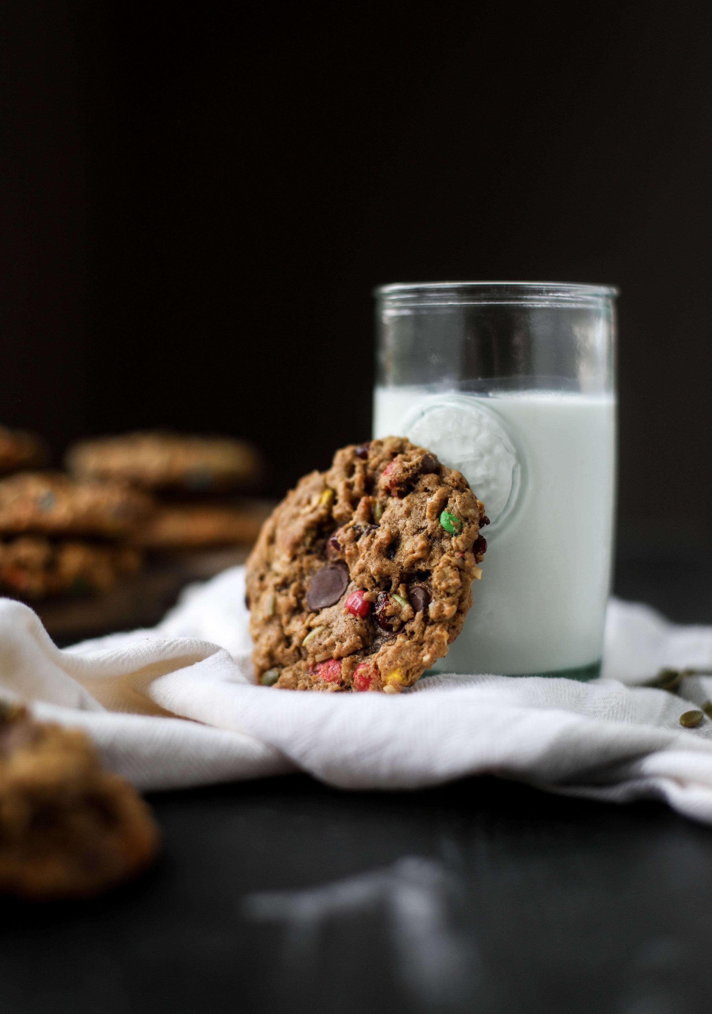 Autumn Monster Cookies -4.jpg