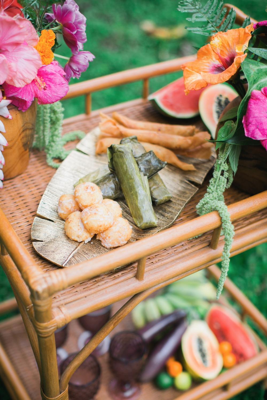 469028_hawaiian-boho-garden-wedding-inspiration.jpg