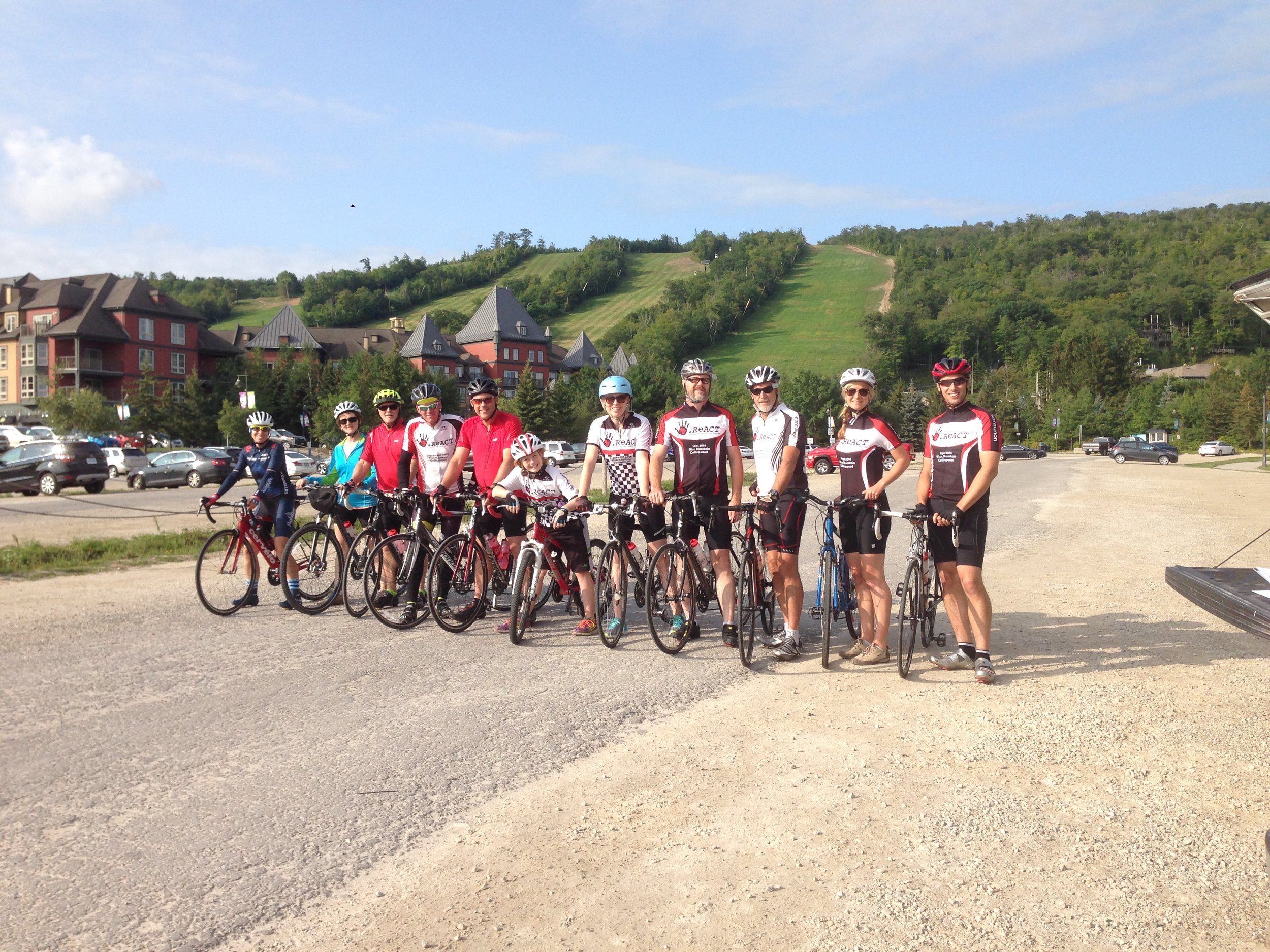 Practice Ride Team 2017.jpg