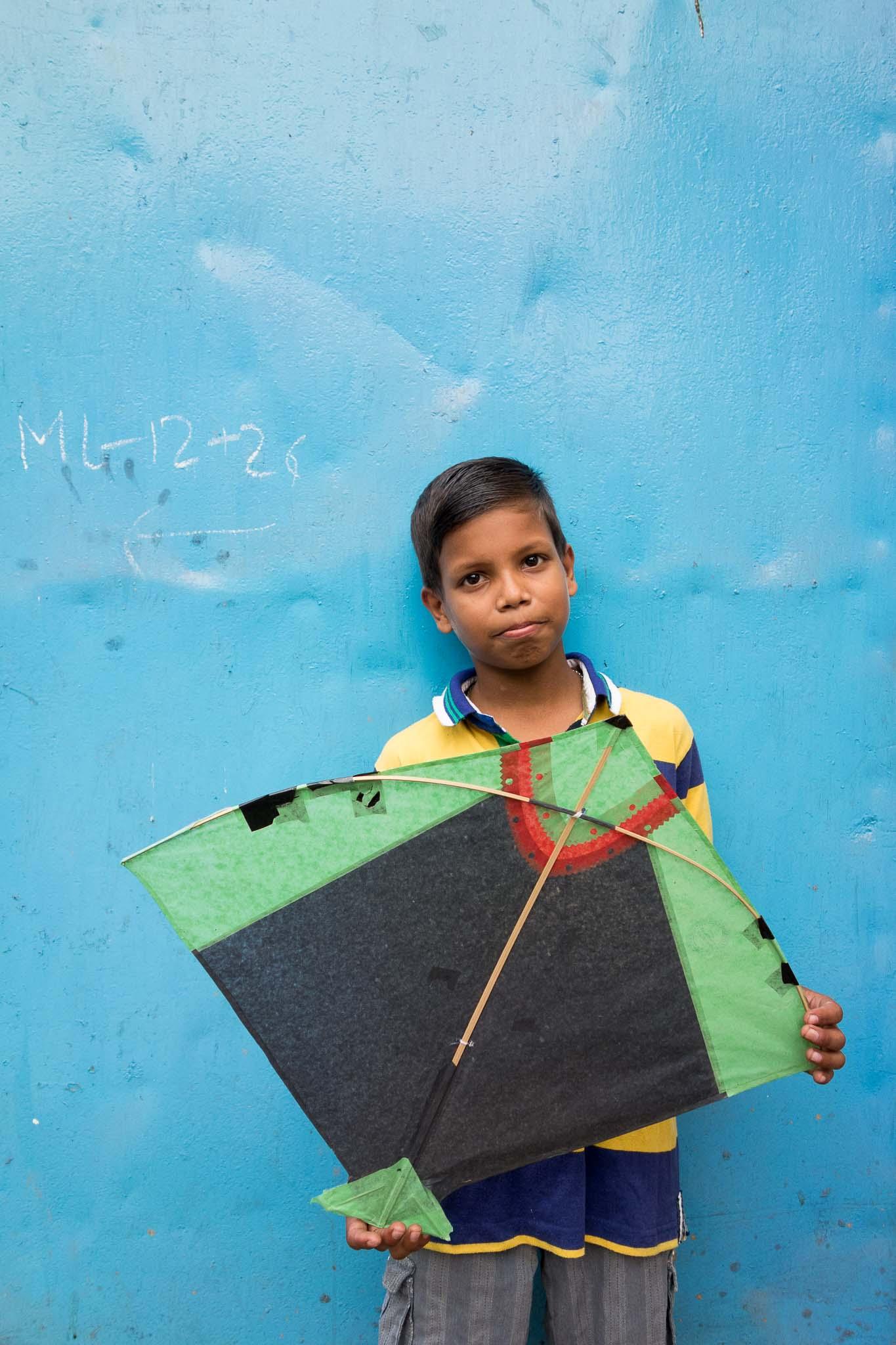 Gurudayal Khalsa Photography boy kite india.jpg