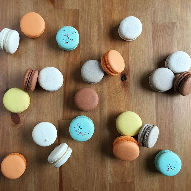 Happy National Macaron Day!! Yummy in our tummies! #macarons #frenchmacarons #dallasbaker #dallas #mydtd