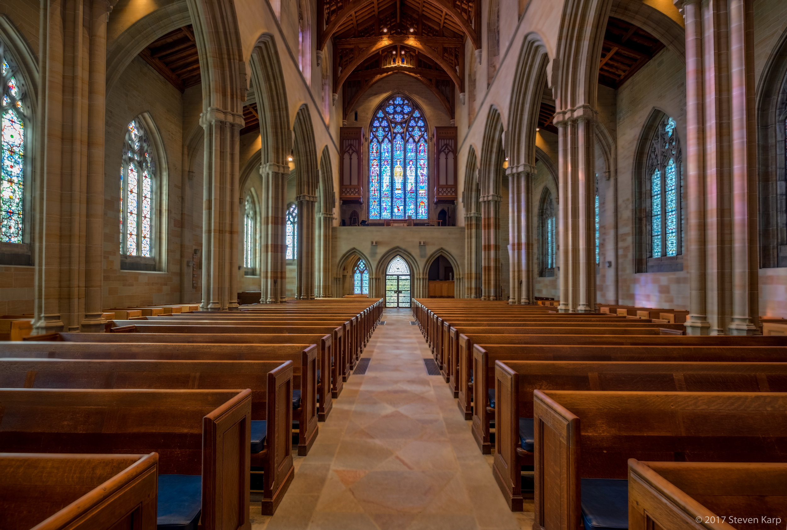 Bryn Athyn Cathedral, Nave