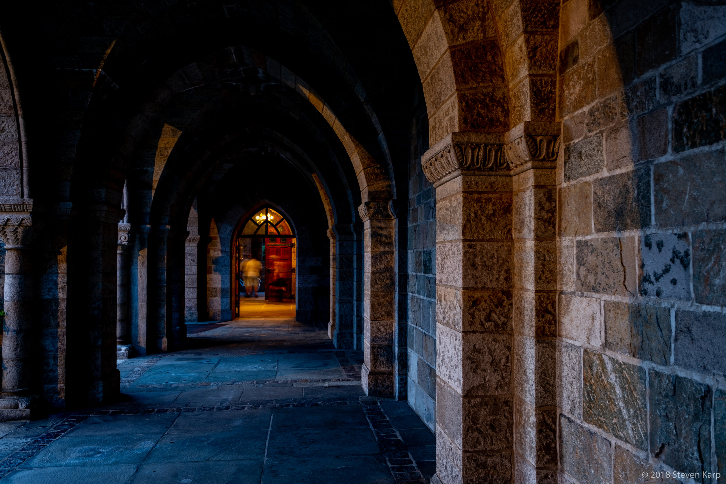 Bryn Athyn Cathedral, Cloisters