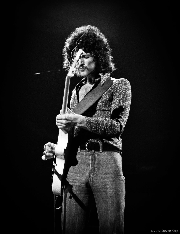 Fleetwood Mac, Lindsey Buckingham, in Concert, October 1975 ©2017 Steven Karp