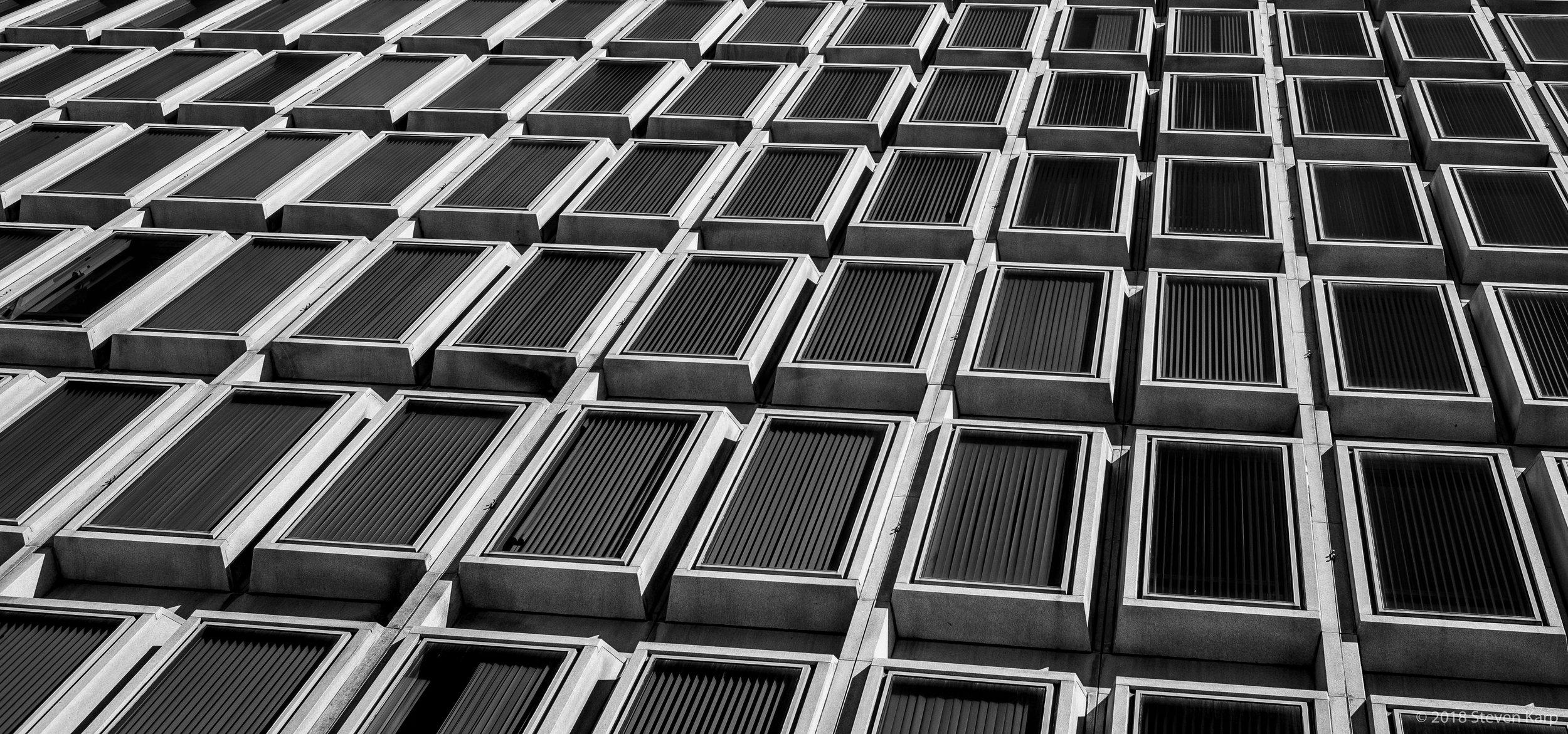 Municipal Services Building, Philadelphia, PA ©2019 S. Karp
