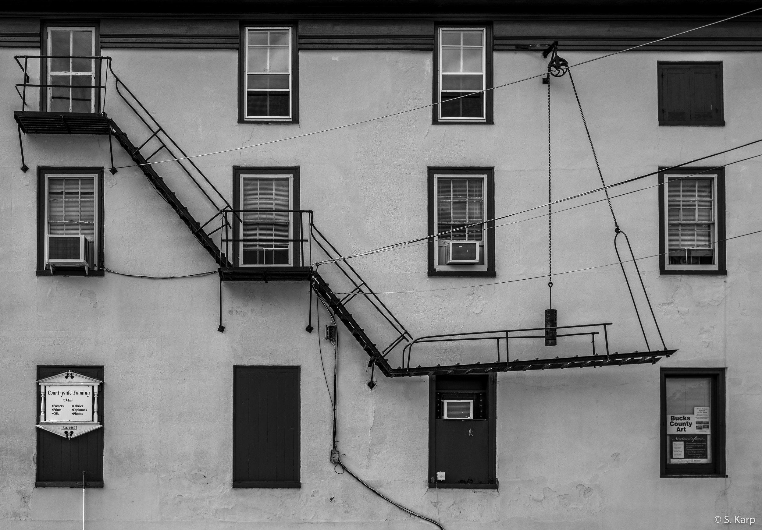 Newtown Windows ©2019 Karp