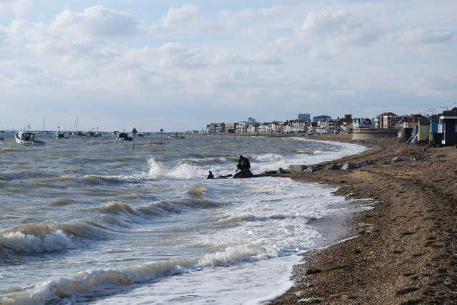 High Tide at Thorpe Bay, Wikimedia Commons, courtesy of geograph.org.uk