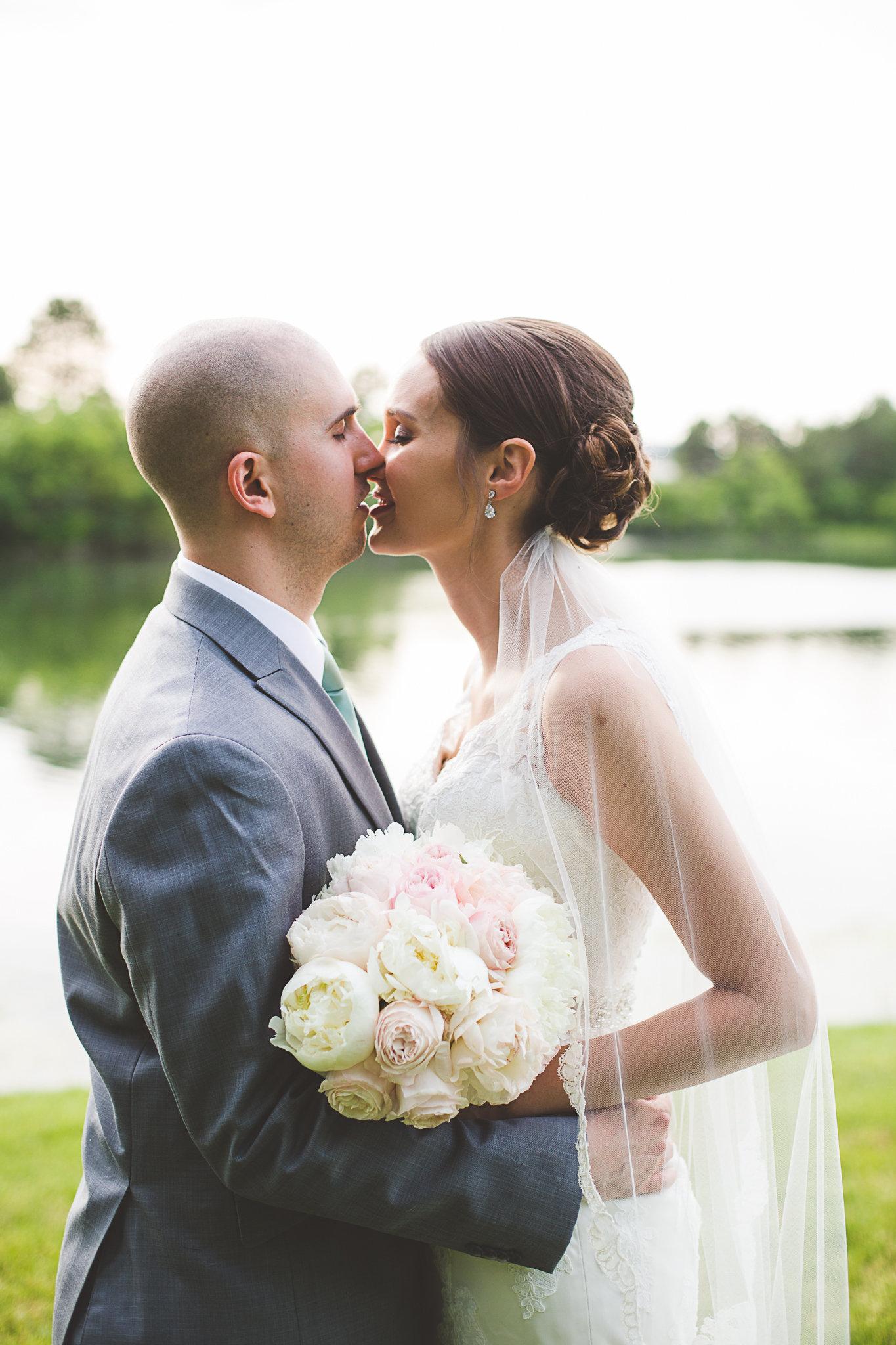 Gossard Wedding-Photographers Favorites-0100.jpg