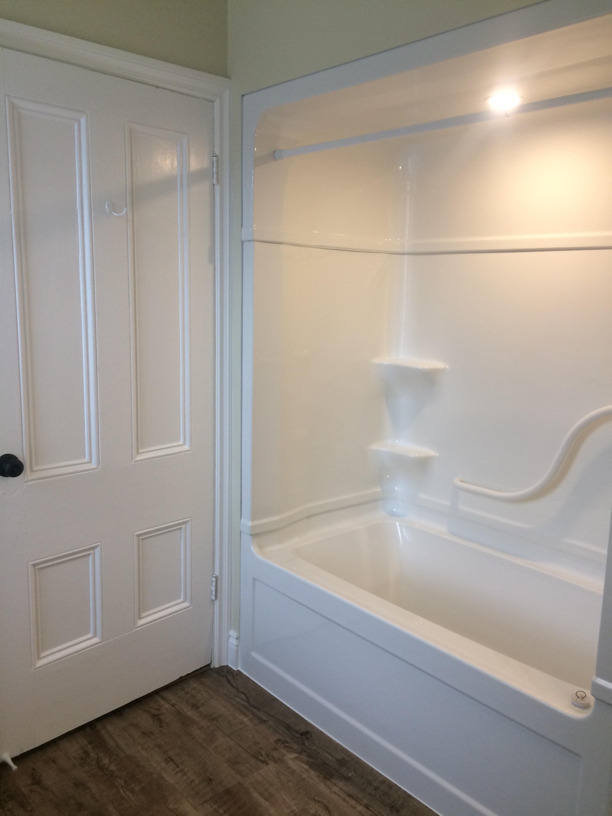Bathroom Apt 4c.jpg