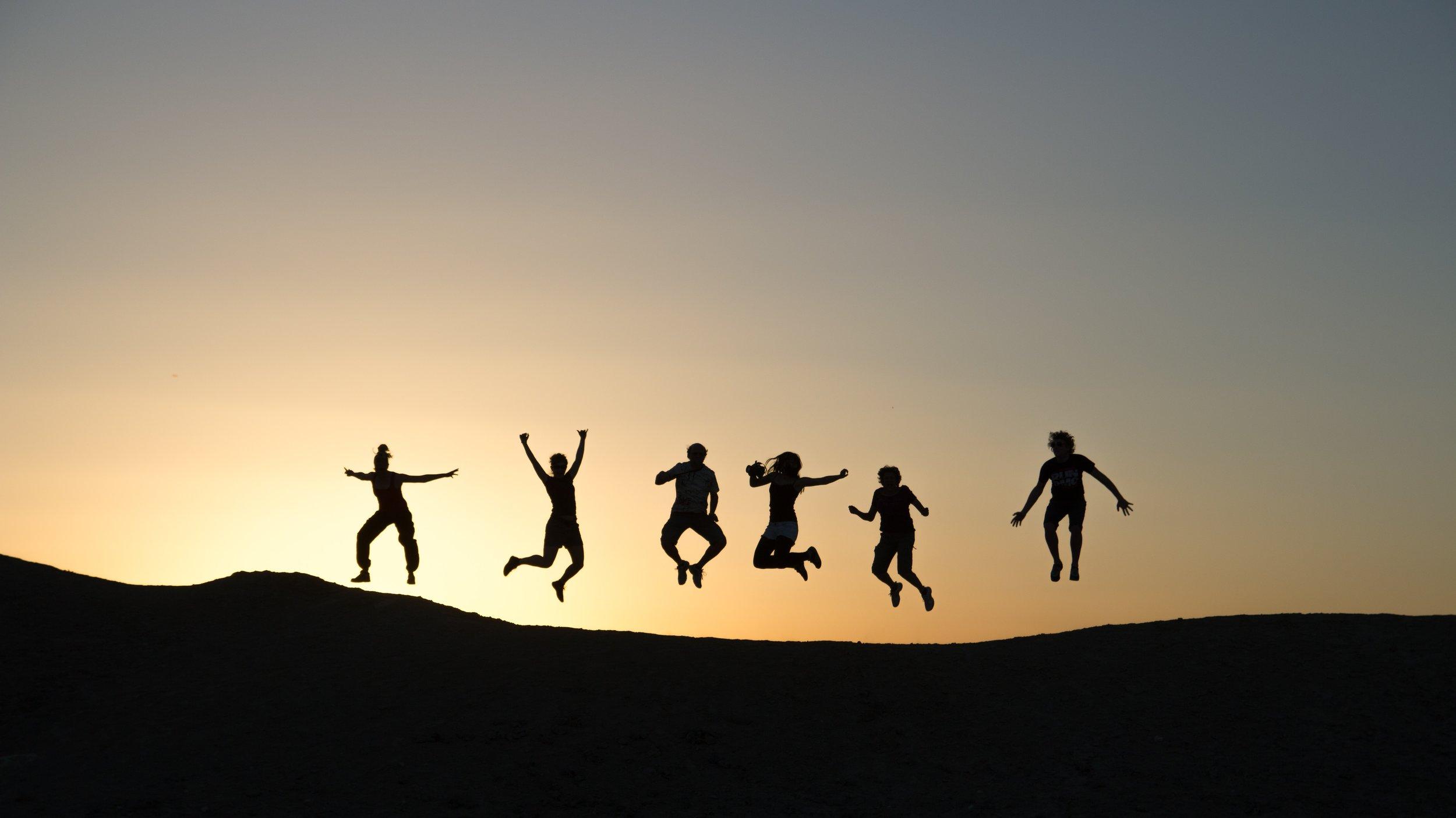 family jumping.jpg