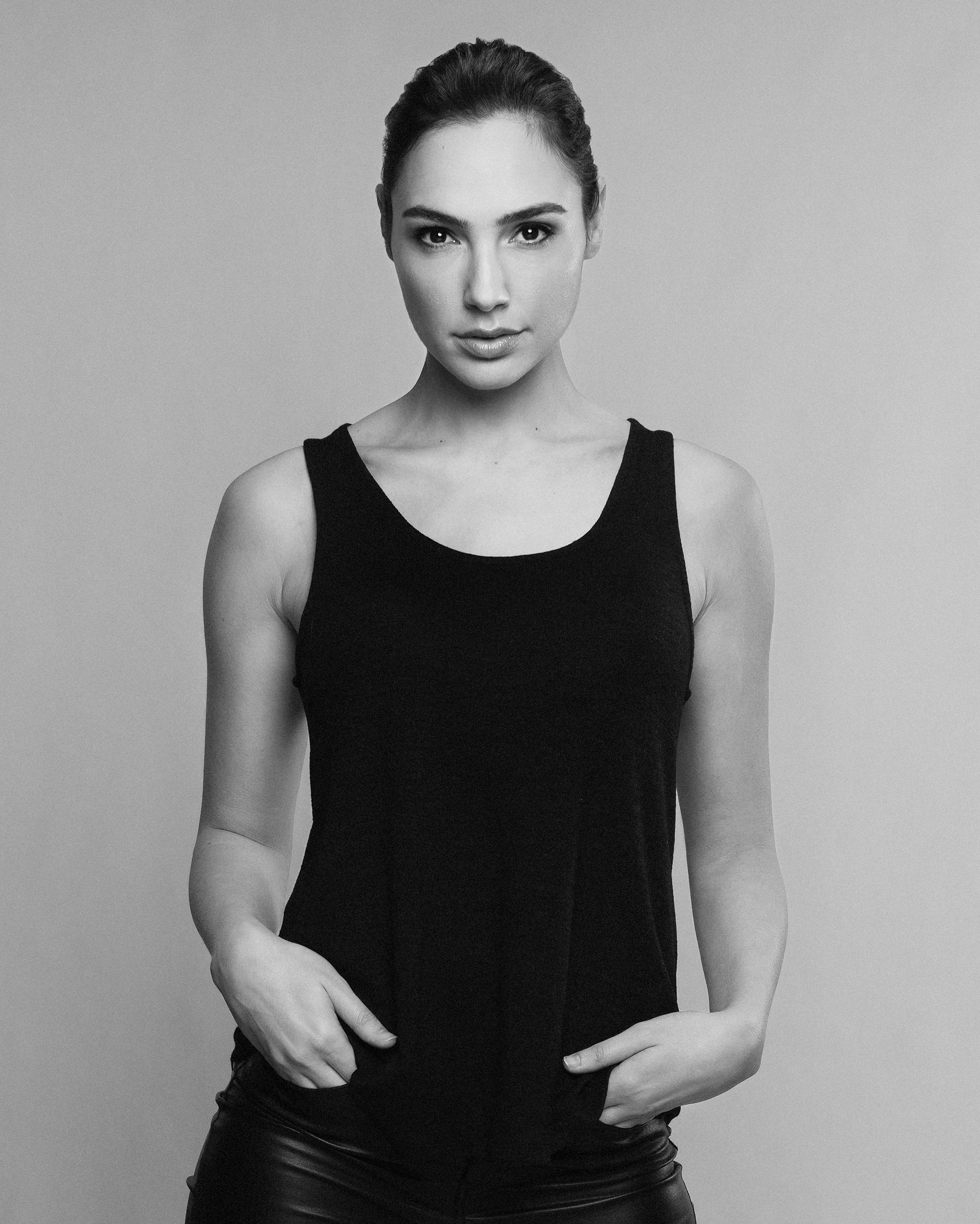 Gal Gadot for Youzu Interactive