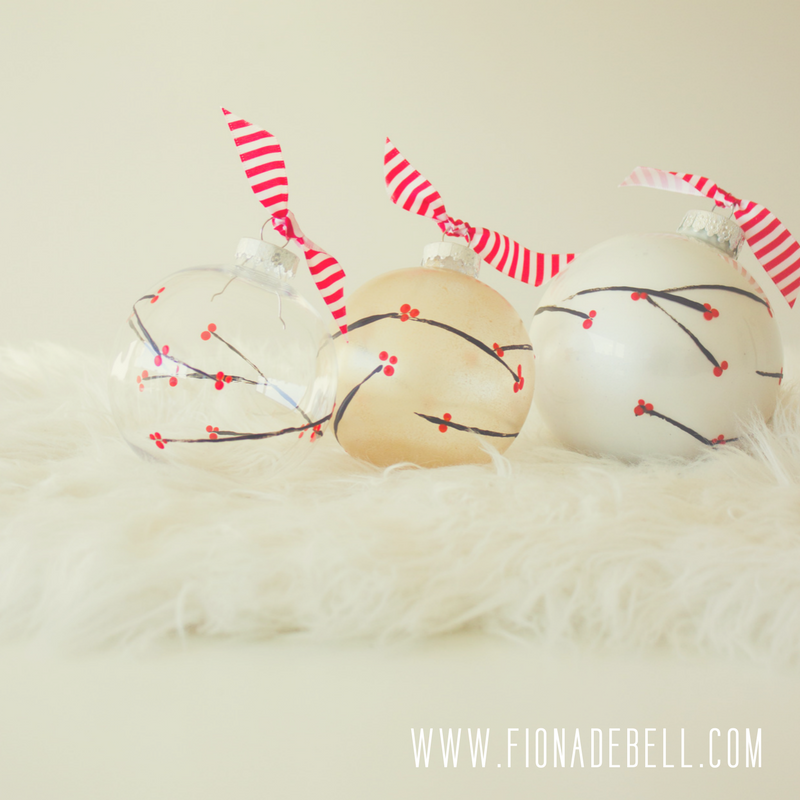 Beautiful Hand Painted Baubles from the simple 'How To' instructional. | fionadebell.com