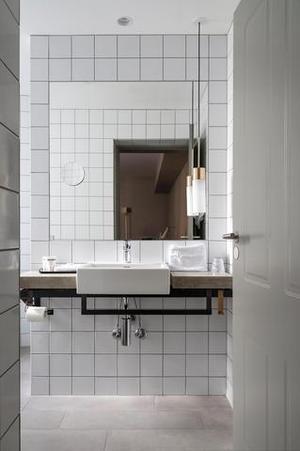 2241284-Hotel-SP34-Bathroom-1-DEF.jpg