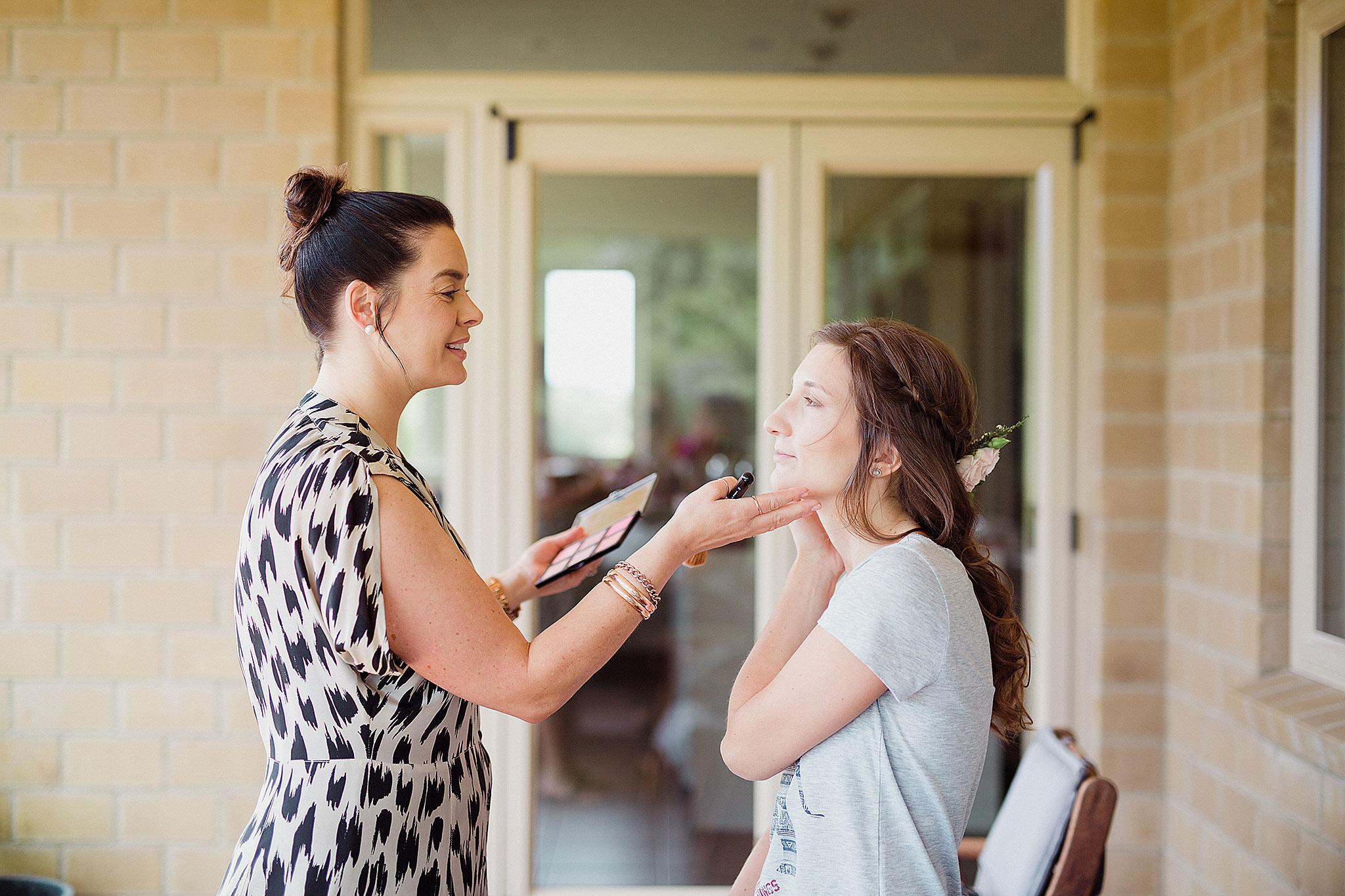 Bridal-preparation-(18-of-43).jpg