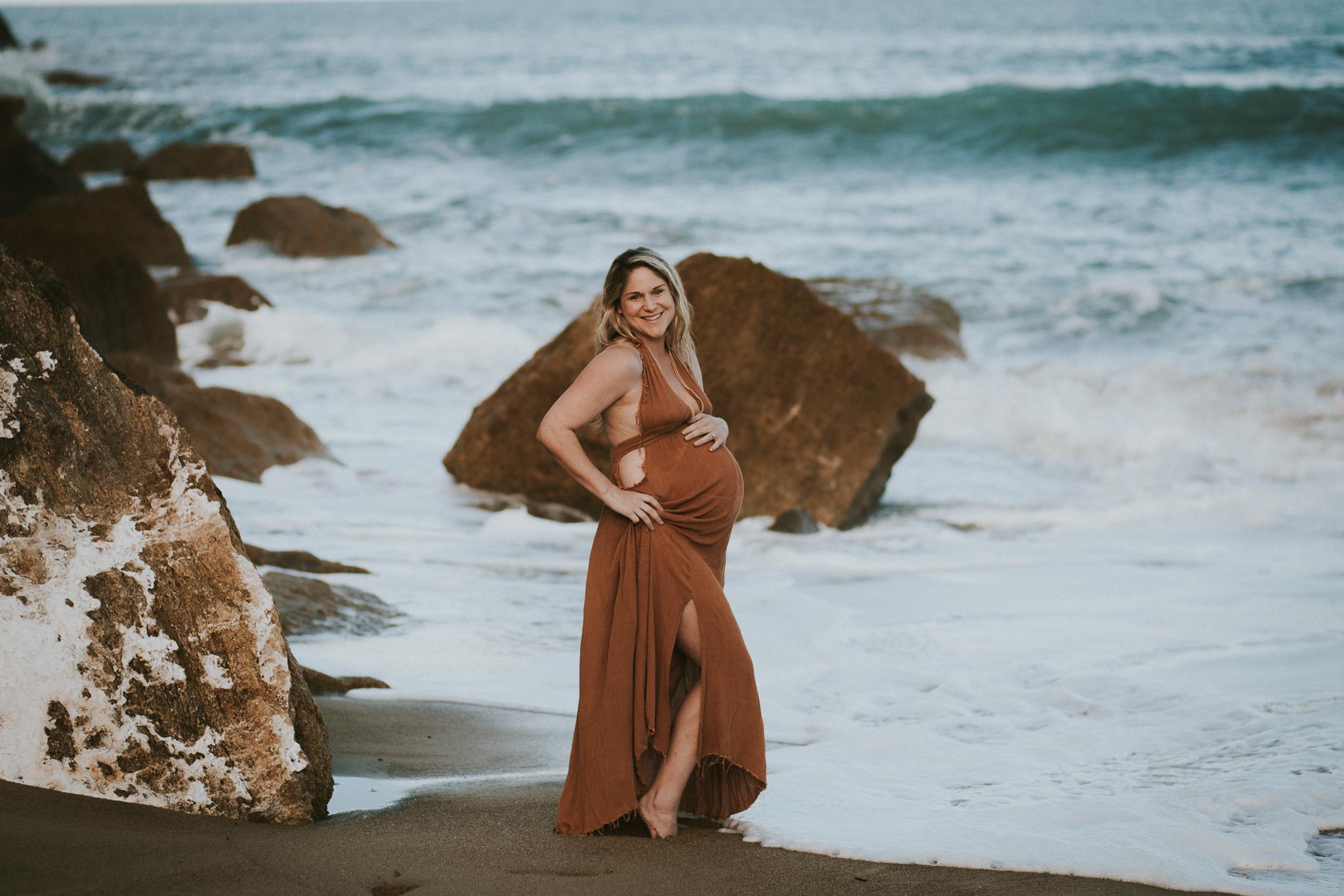 Lisa Fisher Photography - Hawkes bay Maternity shoot waipatiki beach-26.jpg
