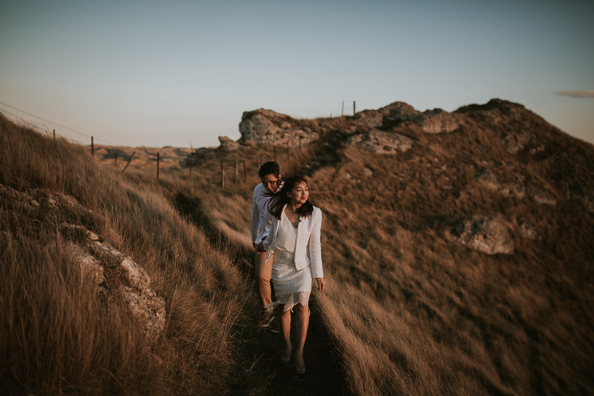 Wedding Photographers Hawkes Bay Te Mata Peak Engagement Shoot Sunset-16.jpg