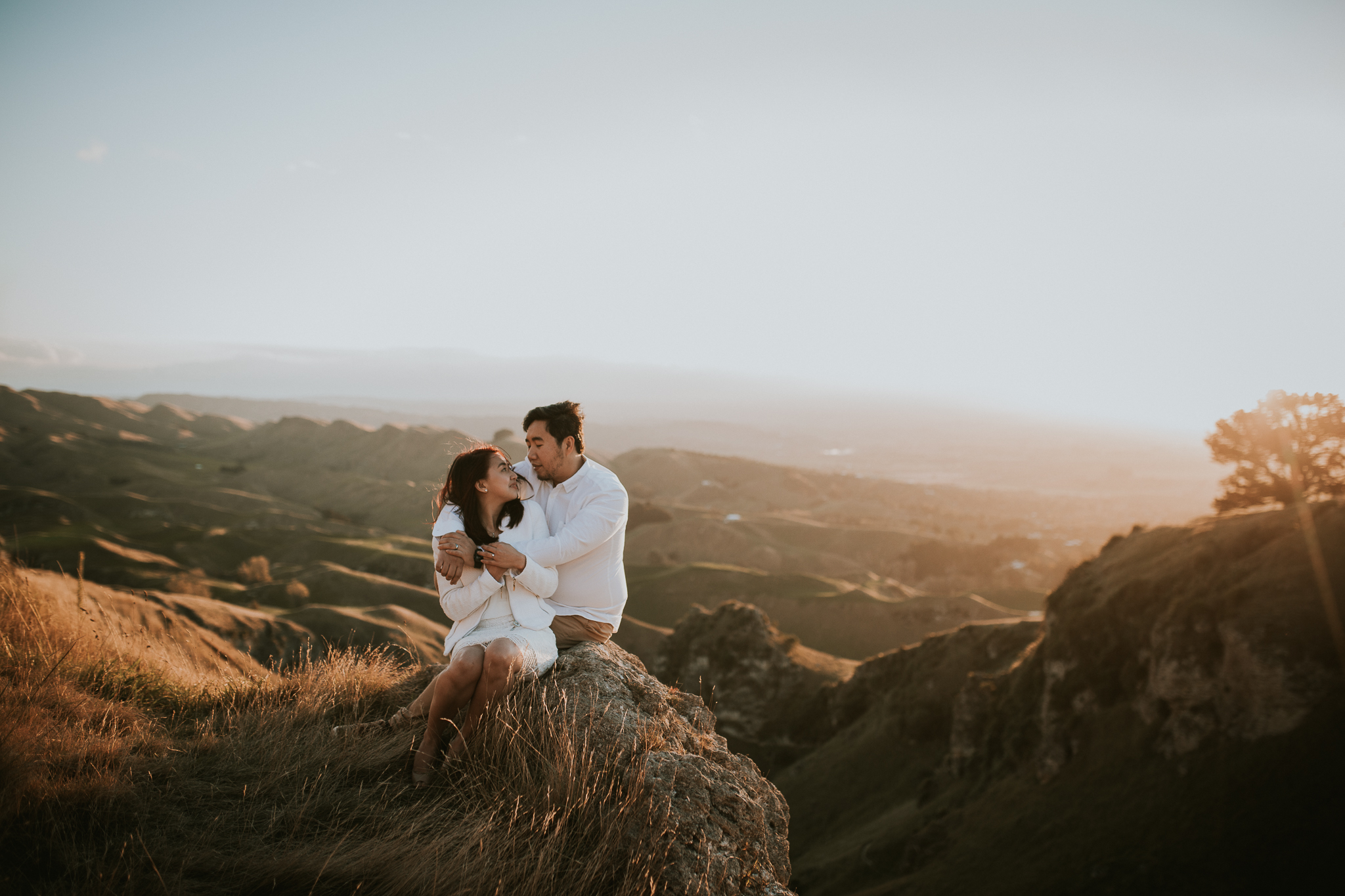 Wedding Photographers Hawkes Bay Te Mata Peak Engagement Shoot Sunset-29.jpg