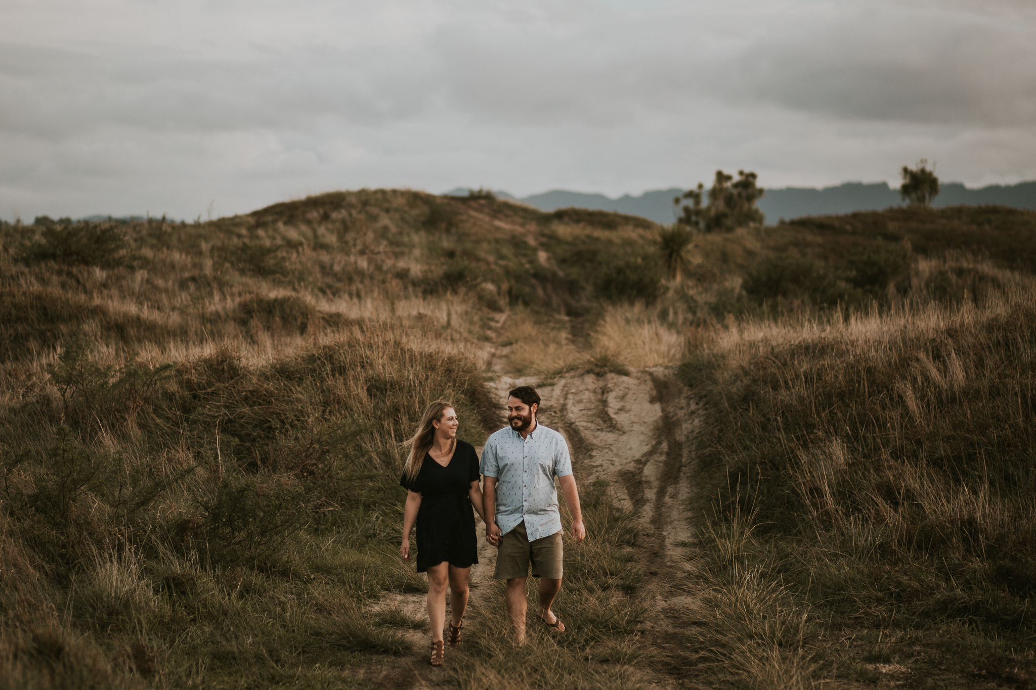 Ohope Beach engagement Shoot Wedding Photographer Napier-4.jpg