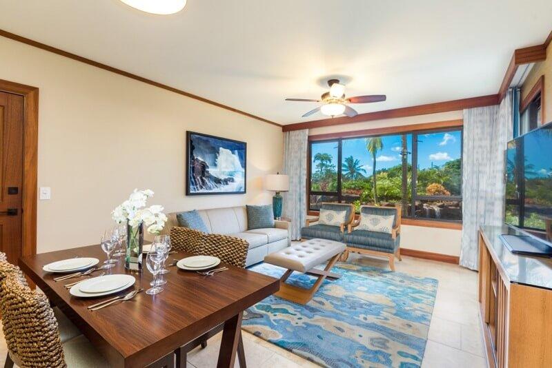 Optimized_1-Bedroom-Villa-Resort-View-Dining-Area-Living-Room.jpg
