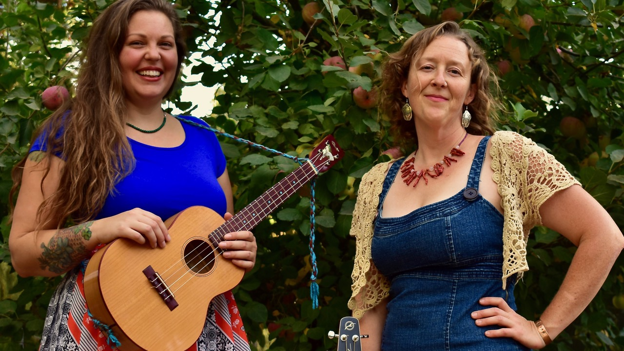 The Real Sarahs are two talented singers and their guitars from Anderson Valley in Mendocino County, California.
