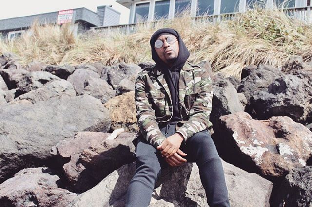 I'm always at peace by the ocean, guess that's the Pisces in me 💯 . . . . . #qzthaleader #musician #artist #producer #engineer #music #hiphop #rap #consciousness #consciousrap #conscioushiphop #menswear #mensfashion #dope #drip #mensweardaily #beach #oregoncoast #photooftheday #vscofilter #vsco #vscoedit #vscocam #vscogram #vscoph #vscophoto #vscophile #portlandoregon #pdxmusic #pdxmusician