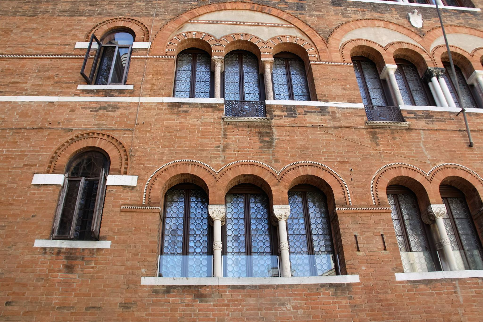Cool Windows in Venice