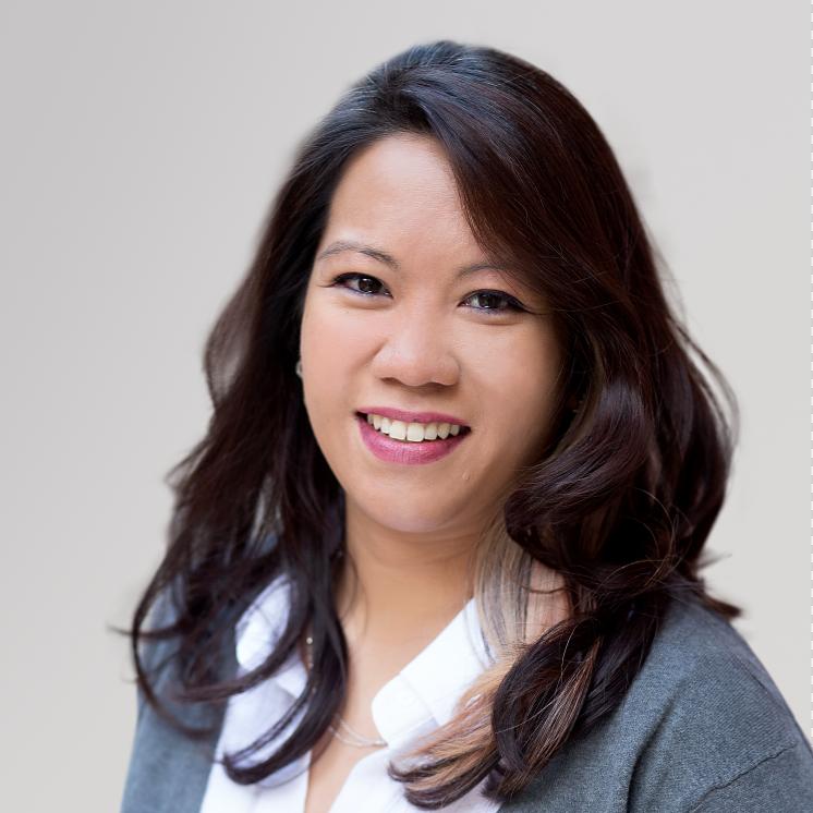 SARAH FOKKENS  Administration Manager   Toronto, Canada