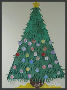 Class Christmas Tree pic.jpg